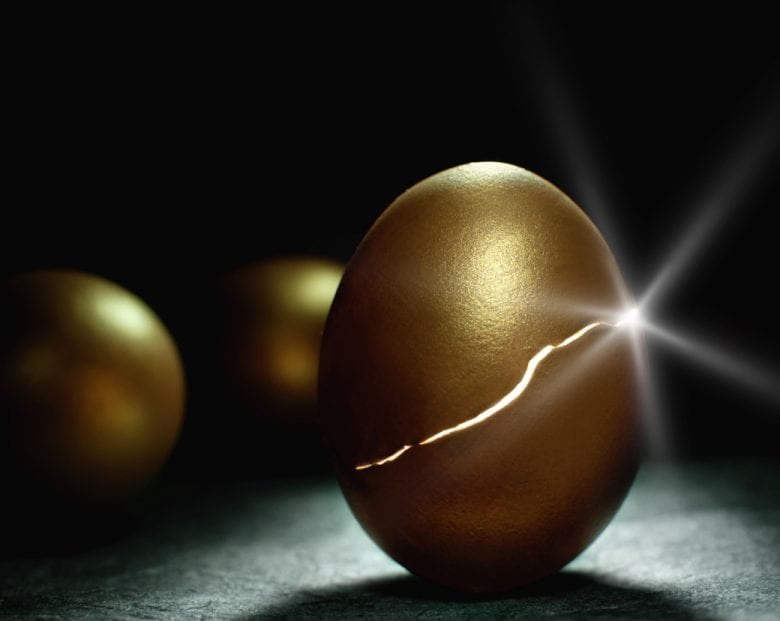 goldeneggcracking